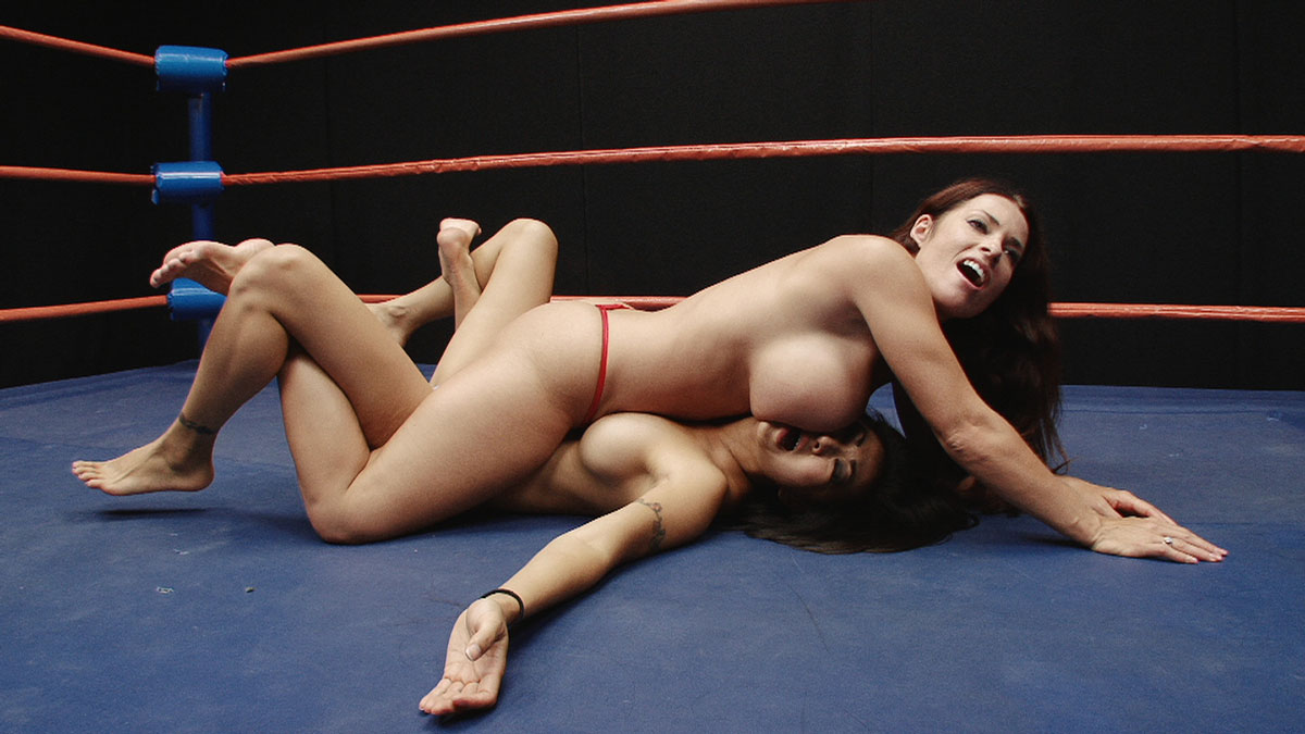 Japanese nude women wrestling