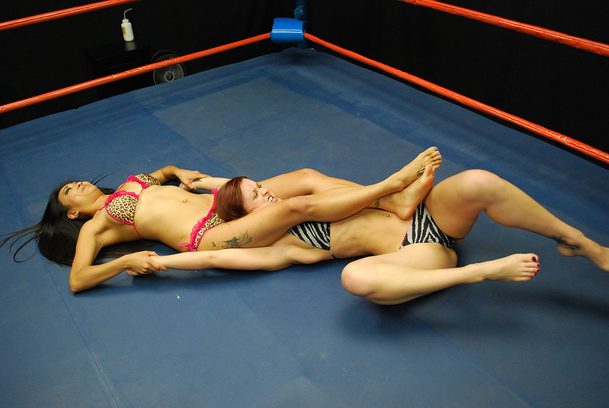 gorgeous-boxing-girls-grappling-teona-amateur-porn