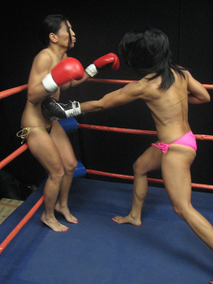 Japanese topless boxing c'est bon