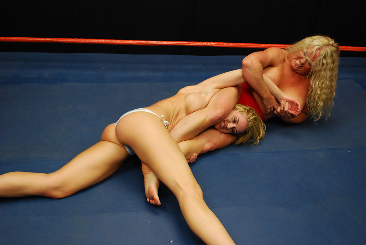 Dt Match Topless Female Wrestling Featuring Randy Moore