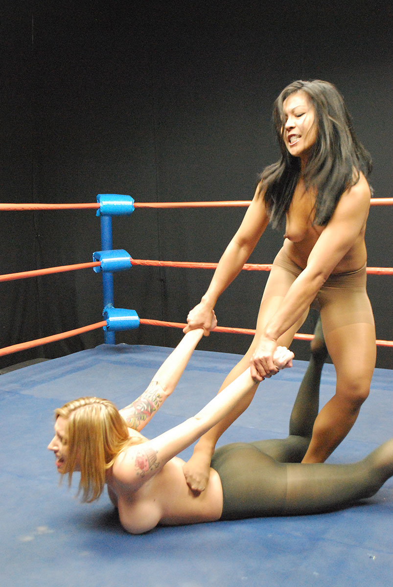 Max Mikita Pantyhose Classy female wrestling - catfights - topless boxing - nude wrestling