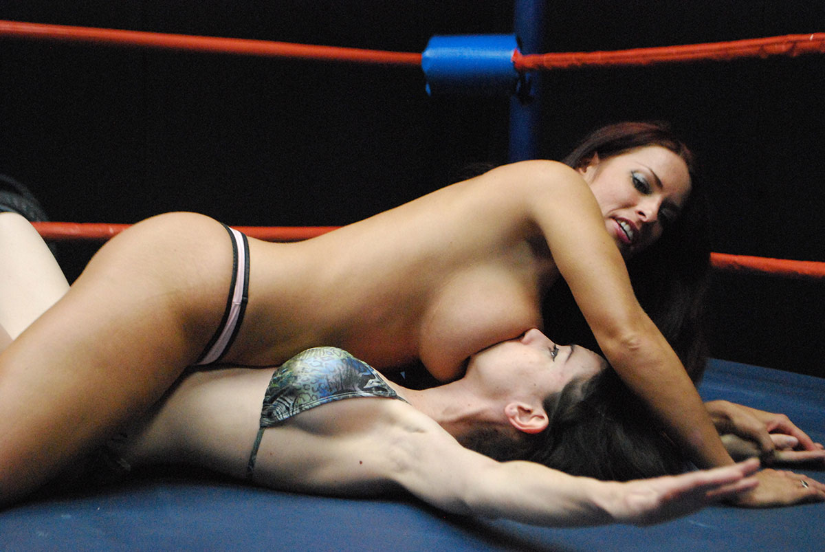 What Women wrestling in nude