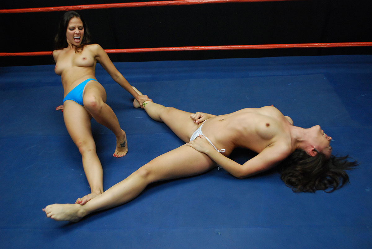 women nude gode wrestling