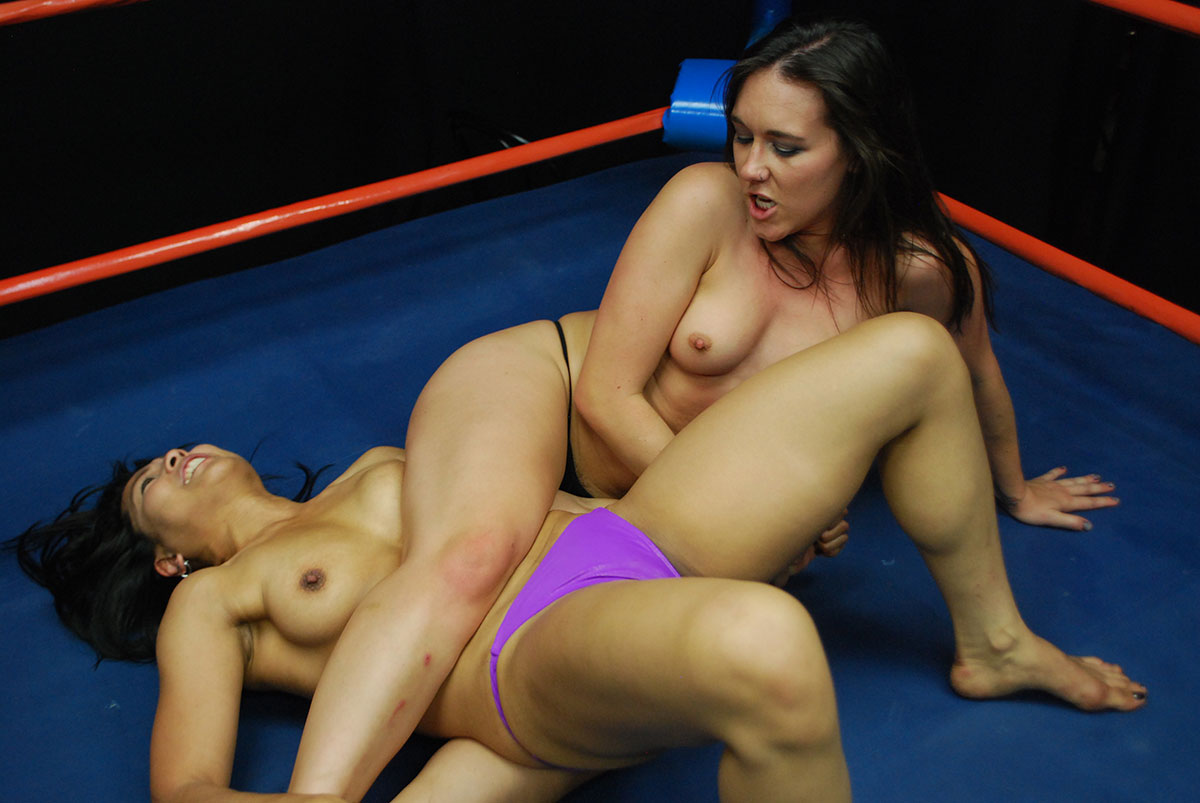 Nude female wrestlers