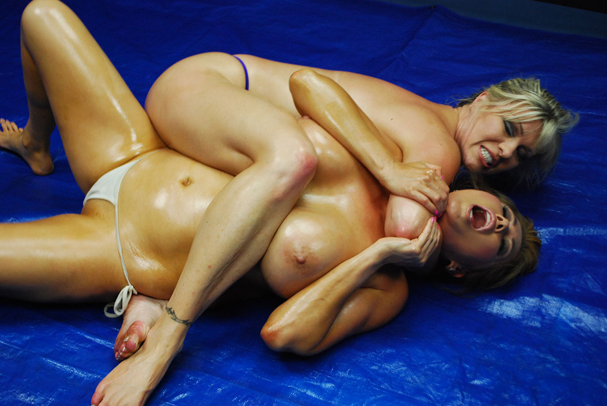 Dt Match Topless Oil Wrestling Featuring Kianna Dior
