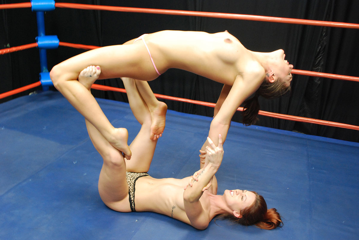 Dt Match Topless Female Wrestling Featuring Sadie Holmes