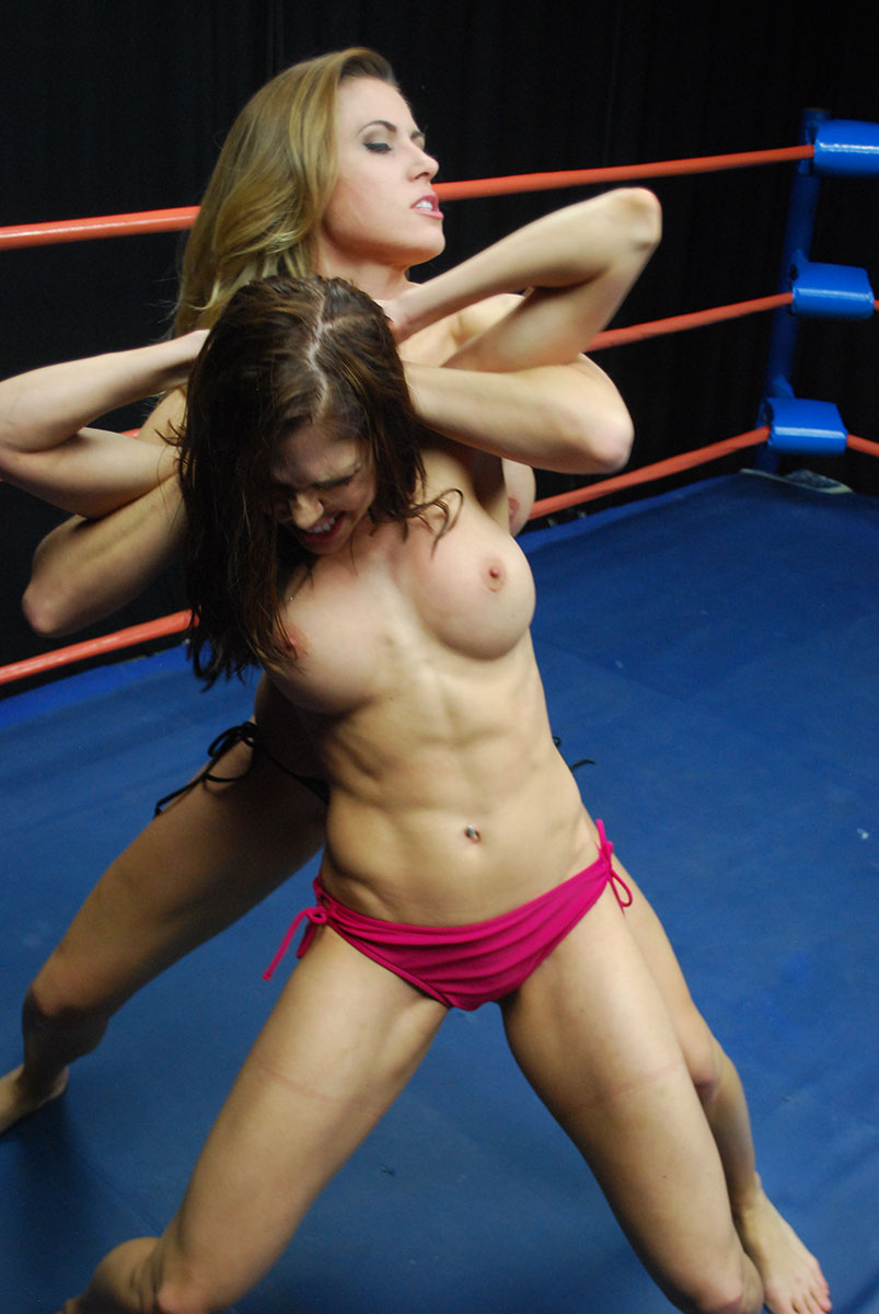 females-in-the-wwe-naked-efe-turkish-transvestite