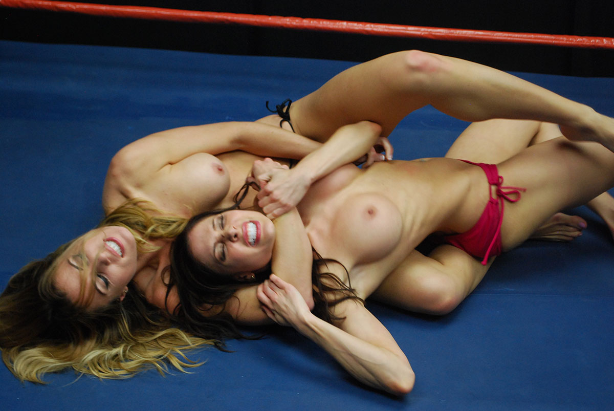 Naked wrestling women strip fight