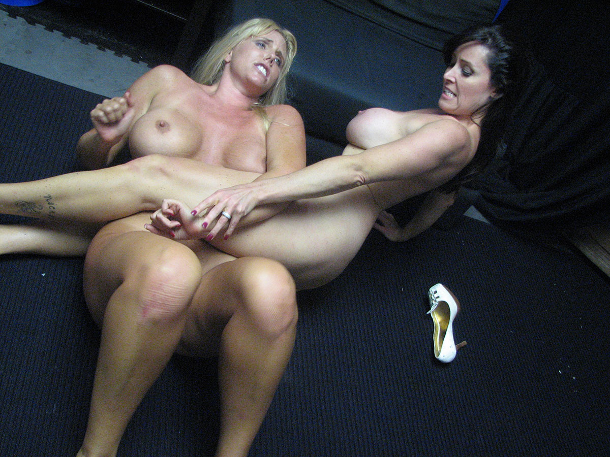 Female Wrestling - Catfights - Topless Boxing - Nude Wrestling-4910