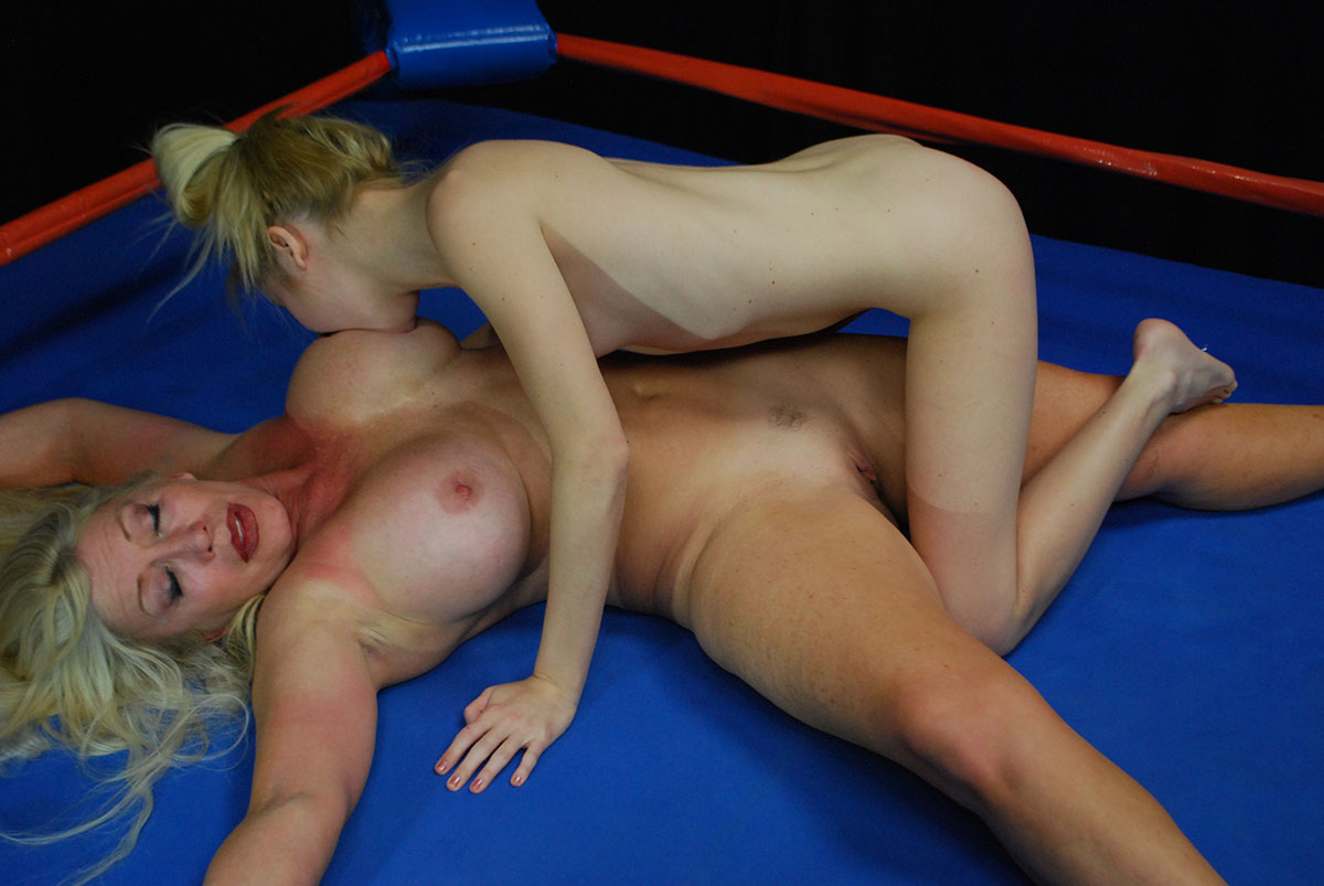 These girls wrestle their way to orgasm