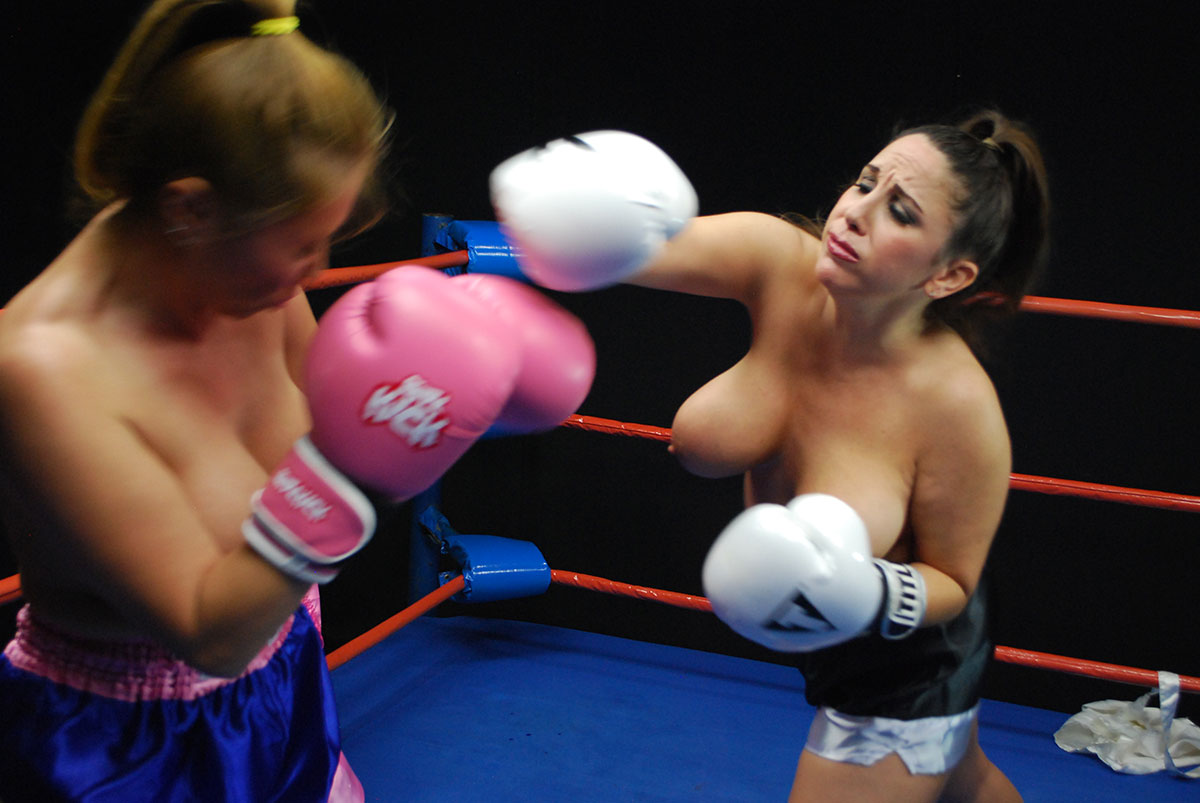 Mike tyson heavyweight boxing ring girls have big and bouncing breasts
