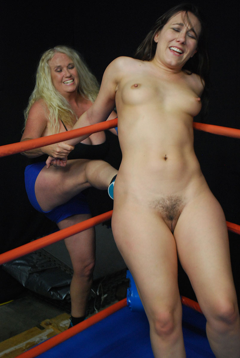Naked female wrestling