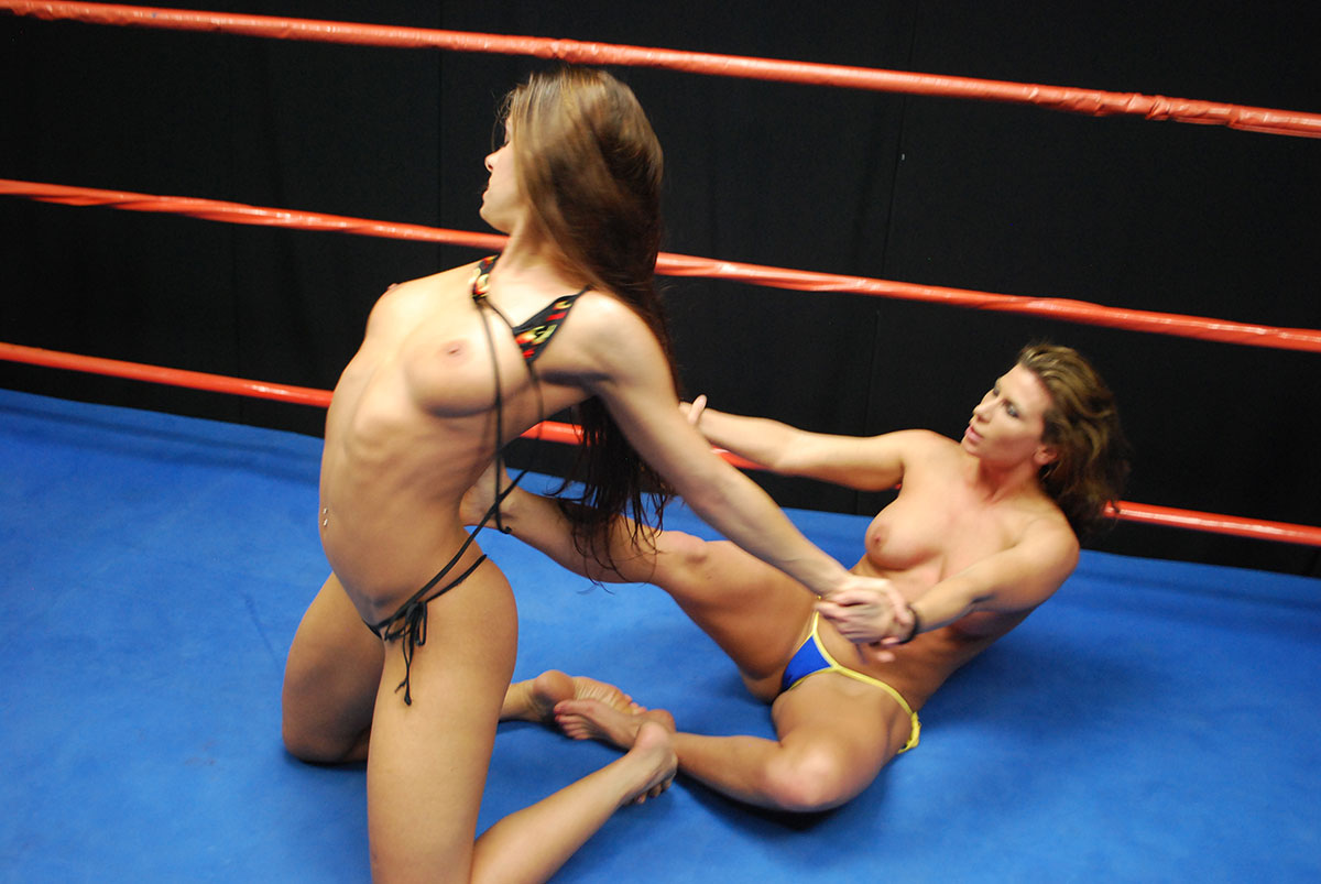 Nude Female Wrestling Clips 18