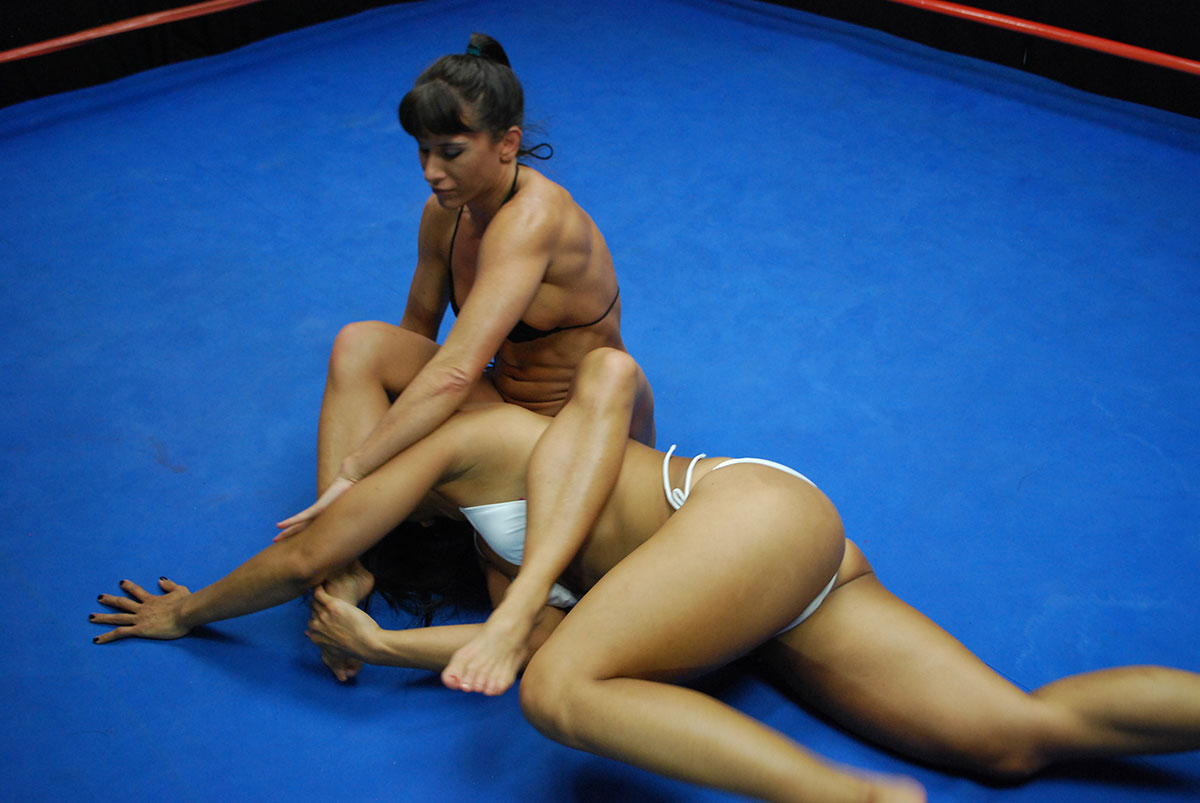 Female Wrestling - Catfights - Topless Boxing - Nude Wrestling-7662