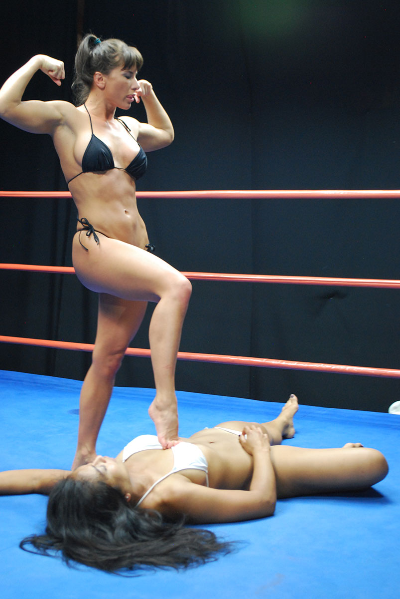 Max Mikita Pantyhose Ideal female wrestling - catfights - topless boxing - nude wrestling