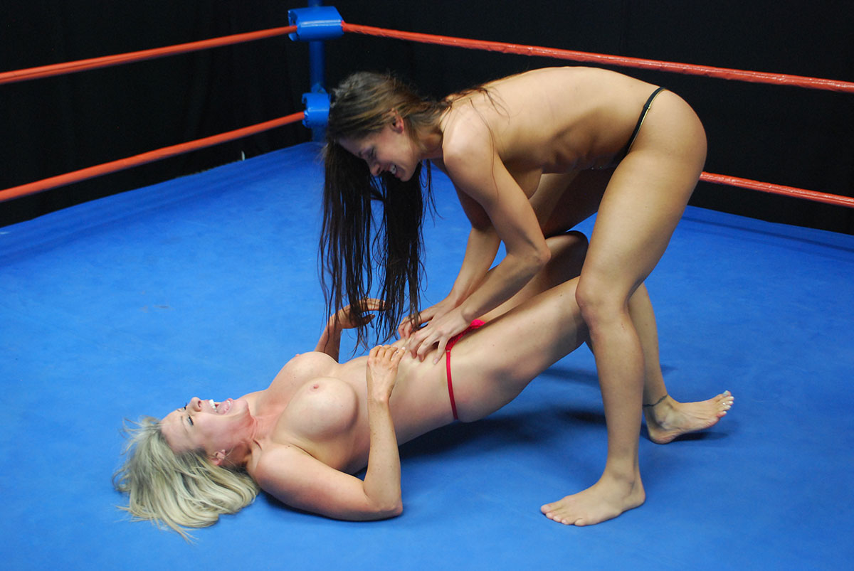 Hot nude girls wrestling
