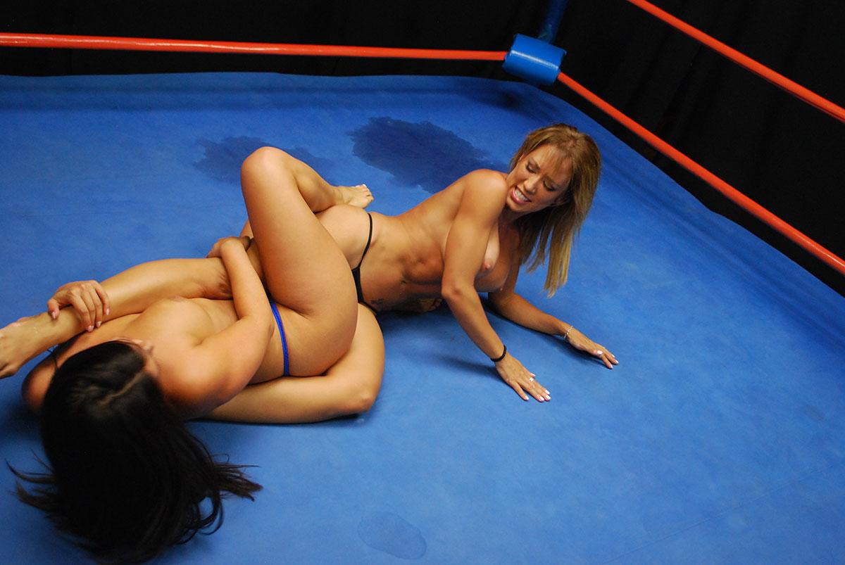 image Capri cavanni loses her bikini with the poolboy puremature