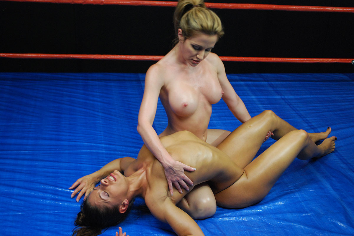 wrestling female nude tube