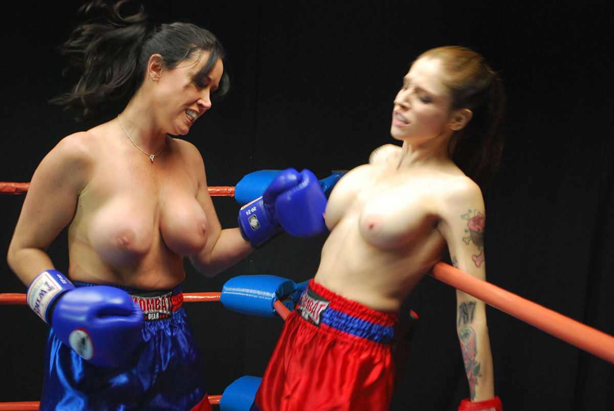 image Topless boxing 2 matches