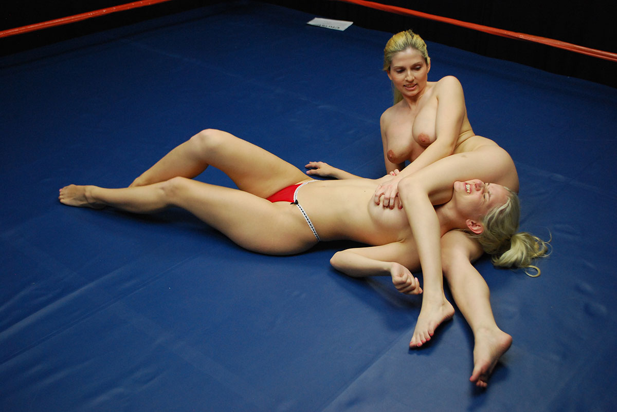Young athletes nude wrestling — pic 5