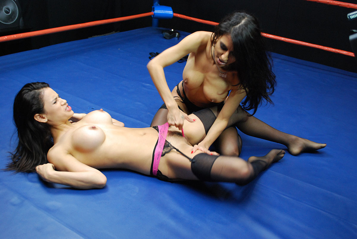 catfight-erotic-lesbian-free-videos-of-grannie-eating-ass