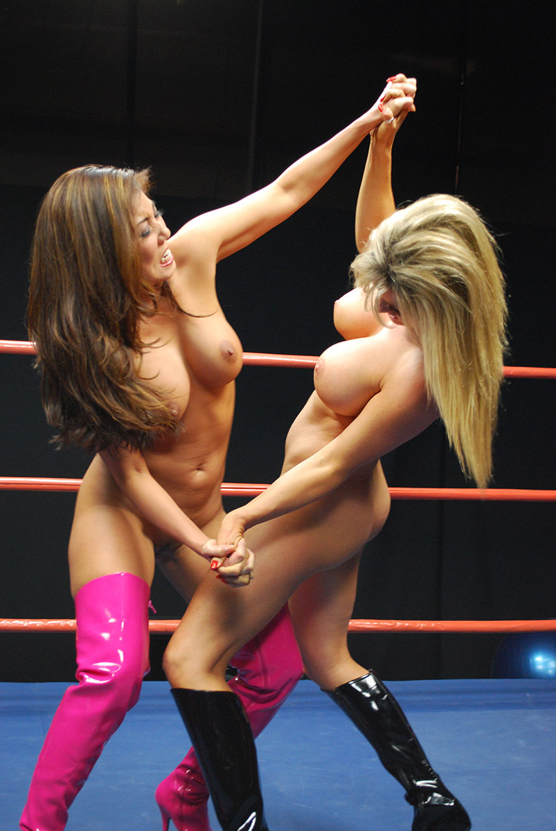 Female Wrestling Photos From Double Trouble Female Wrestling-6700