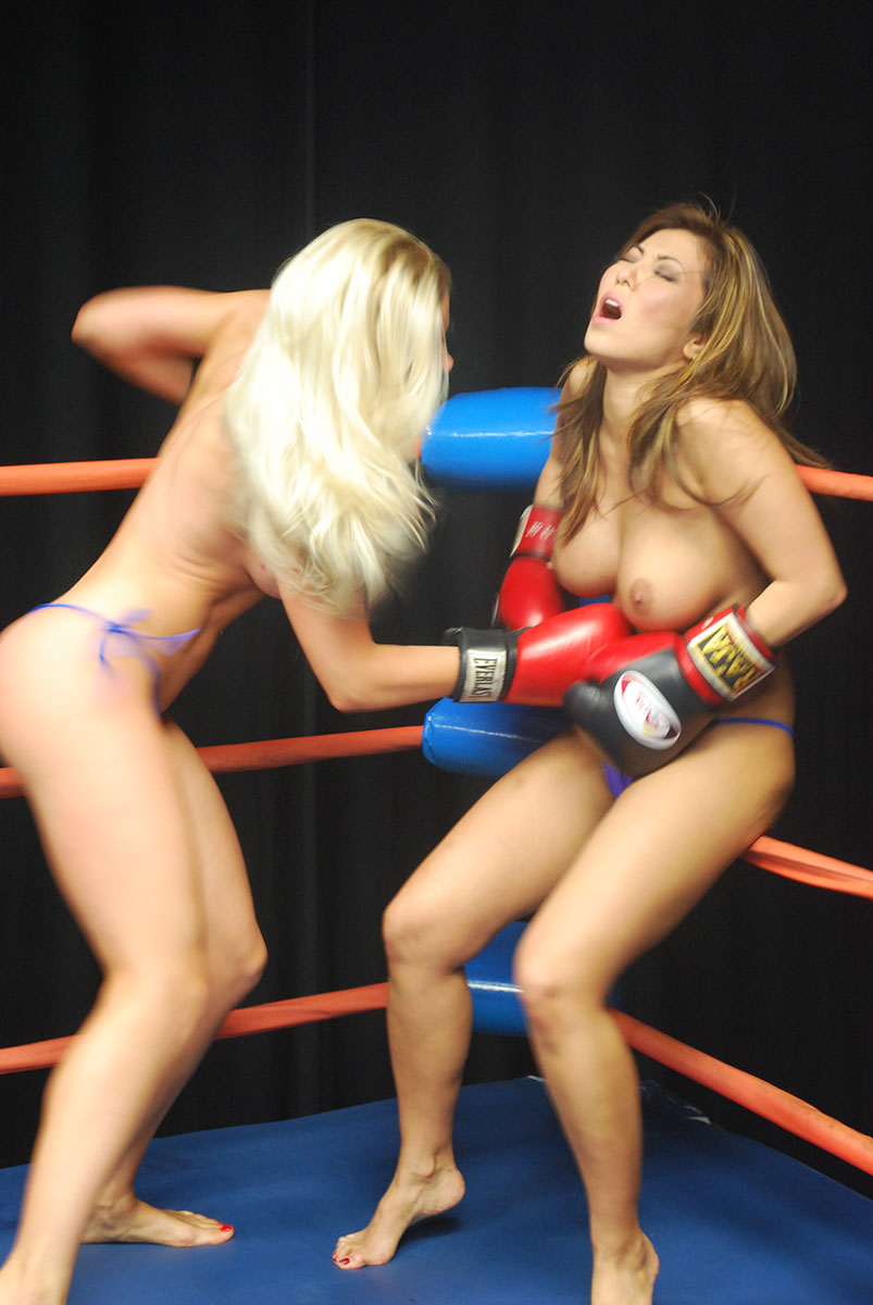 Yvonne boxing nude — pic 5