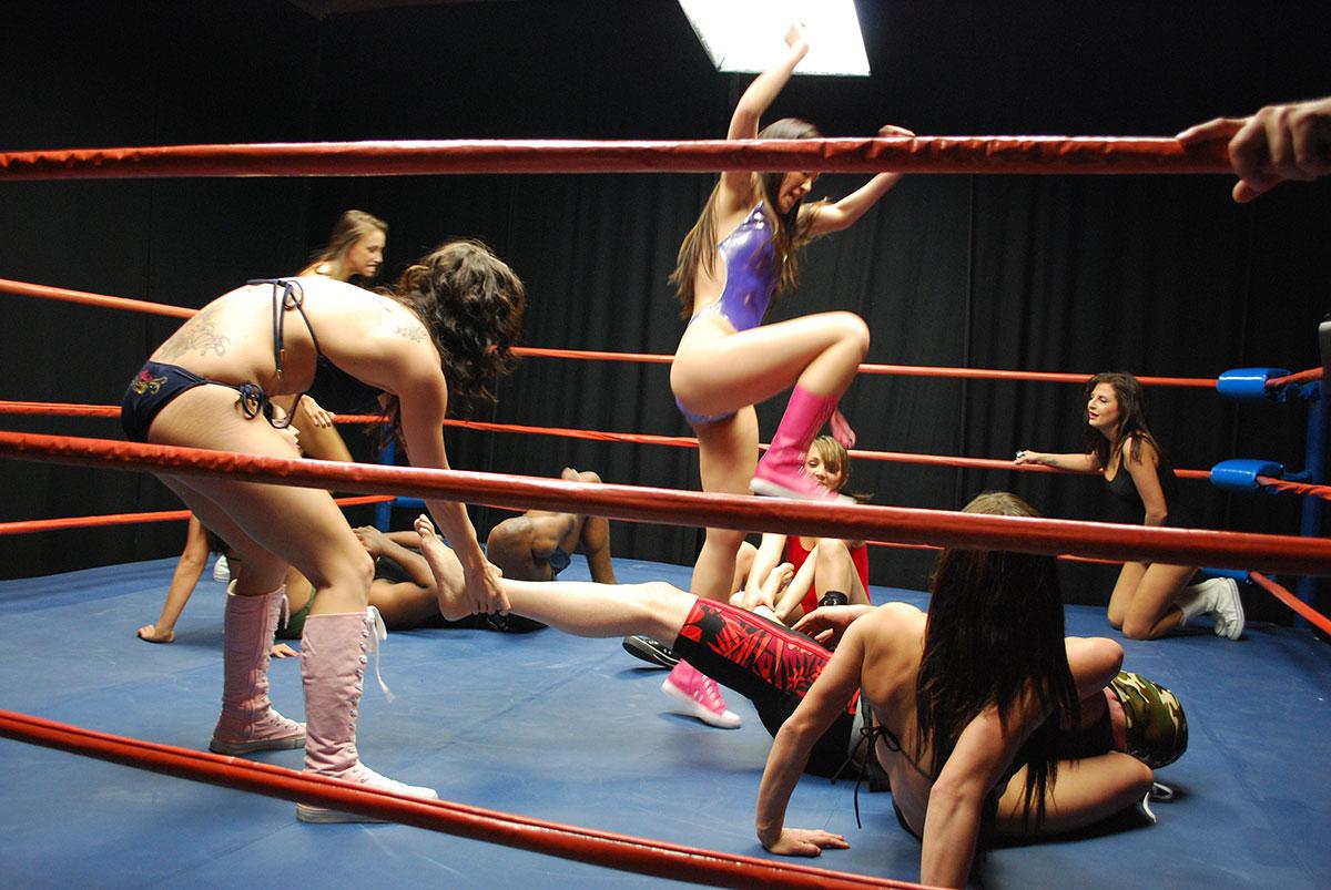Sandy vs lela topless vintage boxing tnaflix porn pics