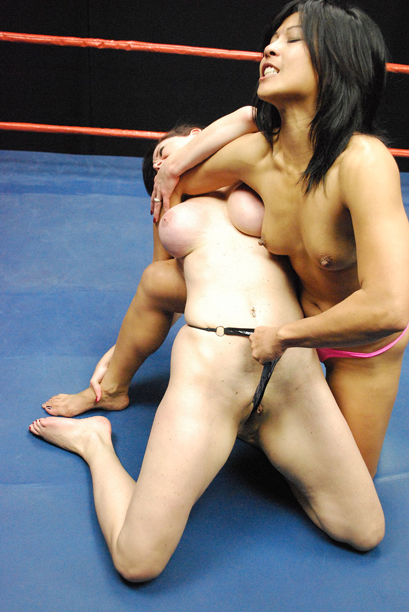 Japanese girls strip wrestling — photo 13