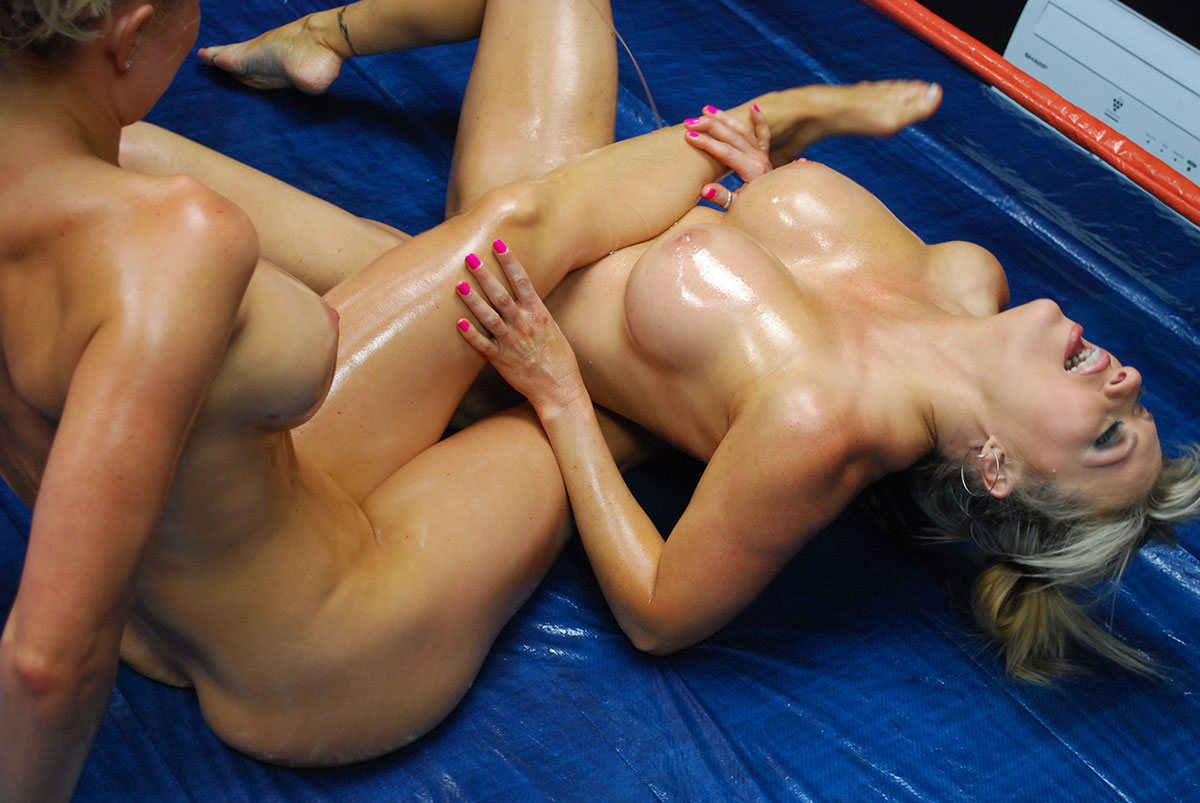 Mature oil wrestling porn picture