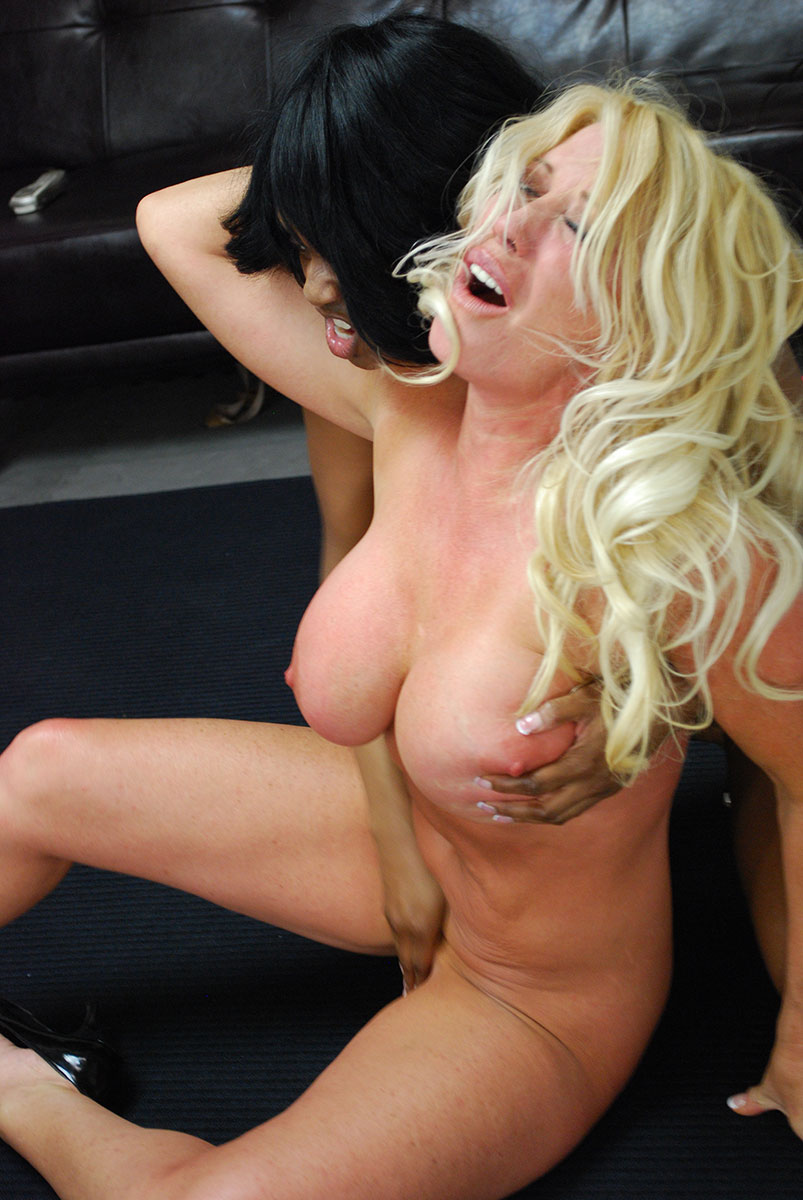 Match fire lands on my pussy andrea sky 7