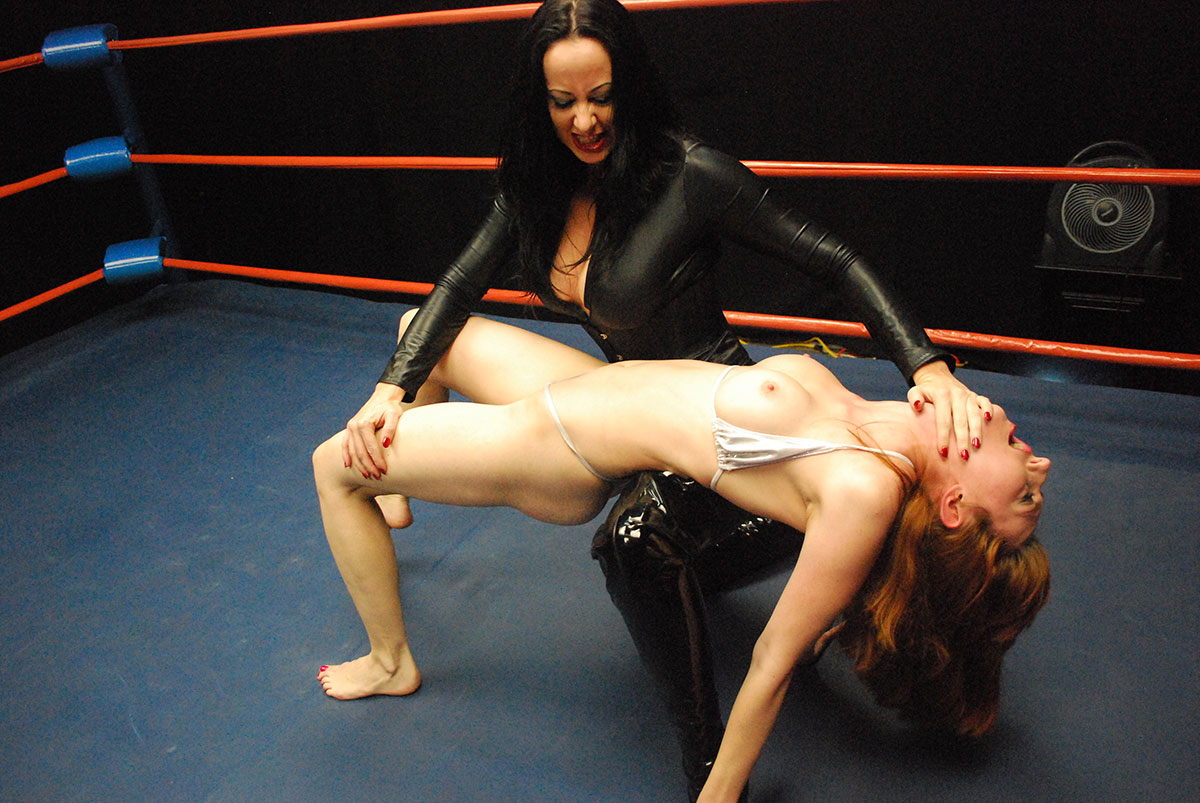 Naked Womens Wrestling 13