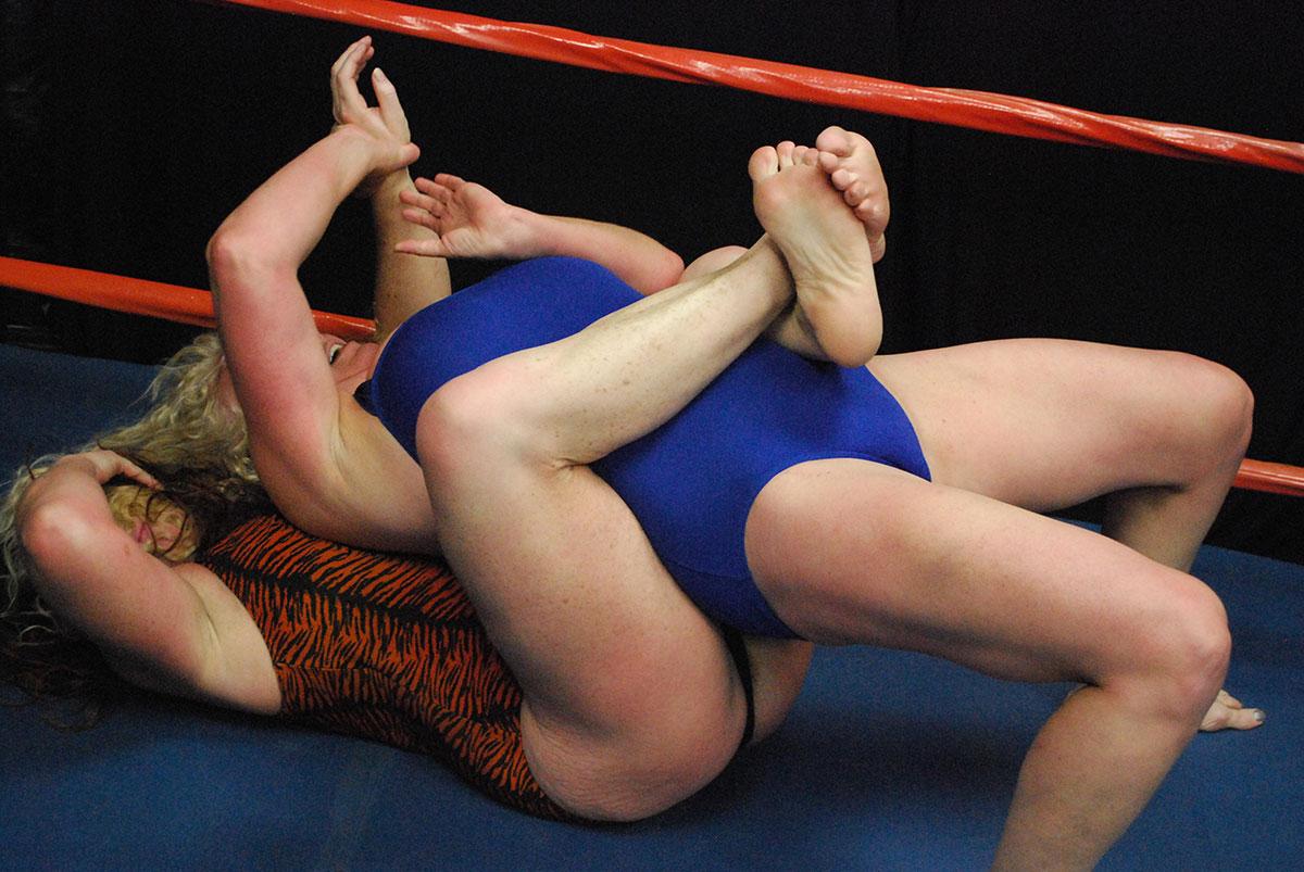 Patrick interactive fat black women wrestling black lace