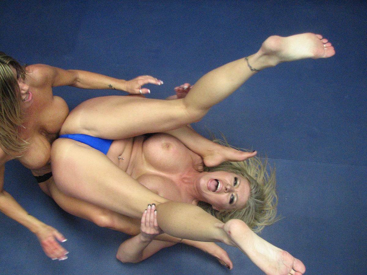 Dominita vs jewells malone women's wrestling