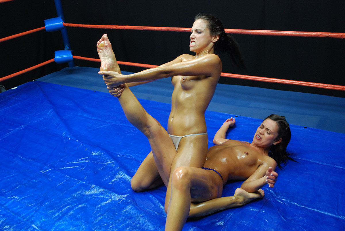 Sexy asian wrestling — pic 8