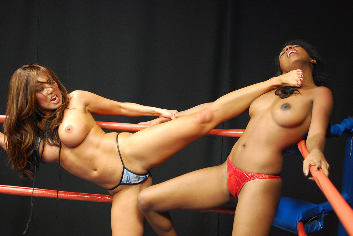 Girls fight lose clothes pics
